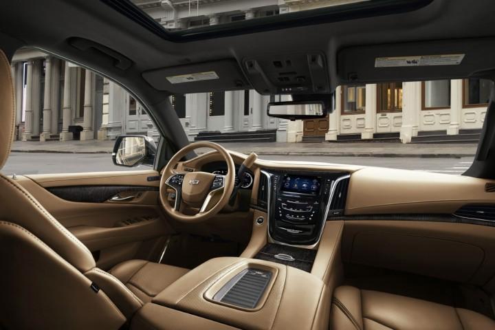 Image 3 - Cadillac 2018 Escalade