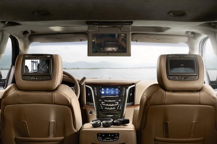 Image 4 - Cadillac 2018 Escalade